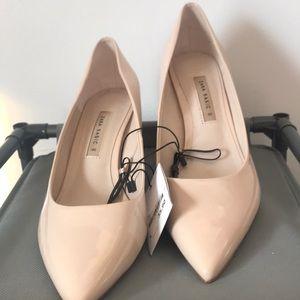 Zara patent vegan leather shoe 👠